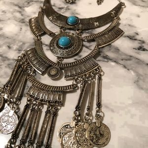 Silver & Turquoise Statement Necklace! 💙📿